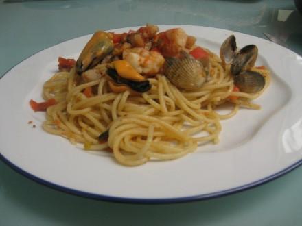 Espaguetis con marisco