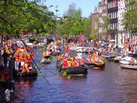 Embarcaciones en Prinsengracht, Amsterdam.