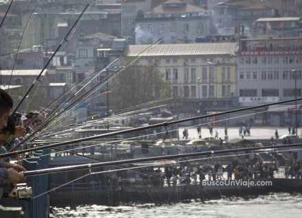 Puente Gálata en Turquía