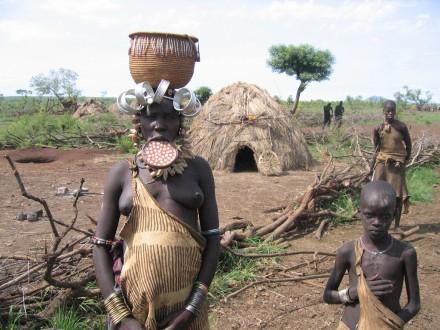 familia-mursi-etiopía