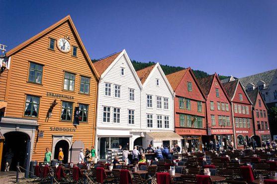 Barrio de Bryggen en Bergen, Noruega