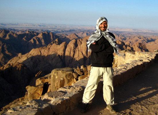 Quique Cardona en el Monte Sinaí