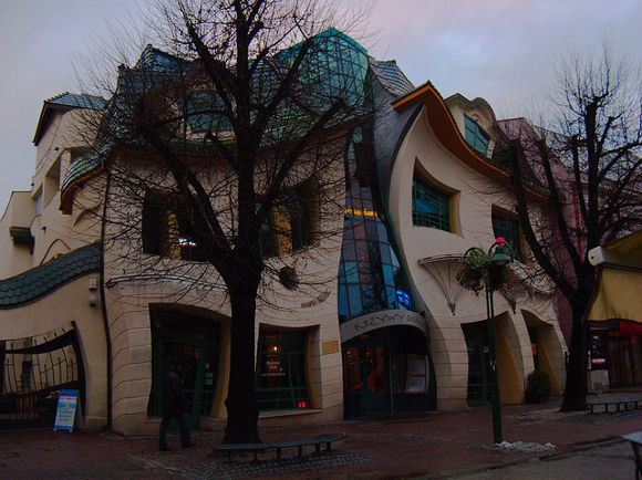 The Crooked House, Sopot (Polonia)