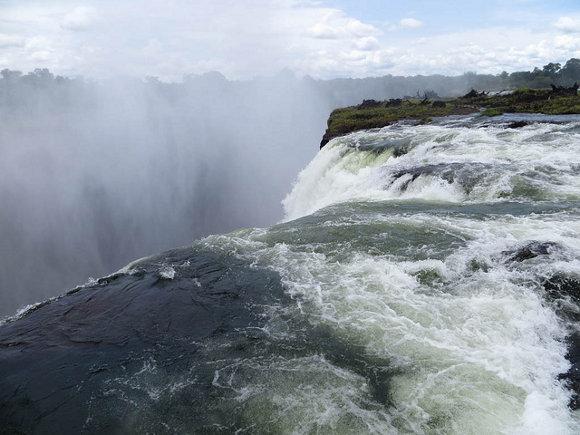 La piscina del diablo (Zambia y Zimbabue)