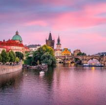 Viajes a Praga en el Puente del Pilar