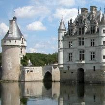 Viajes a Loira en el puente del Pilar