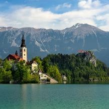 Eslovenia en el Puente del Pilar