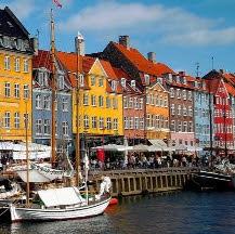 Puente de diciembre en grupo en Copenhague