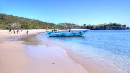 Playa Rosa Indonesia
