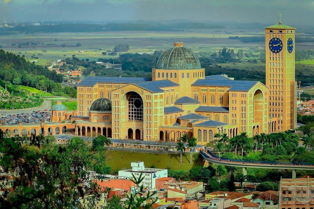 Basílica de Nuestra Señora Aparecida, Aparecida, Brasil