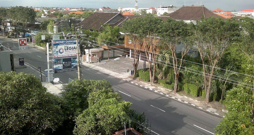 Calles desiertas durante el Nyepi Day