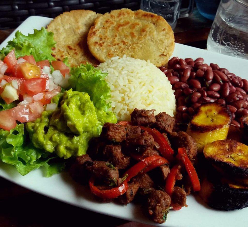 Casado comidas típicas de Costa Rica
