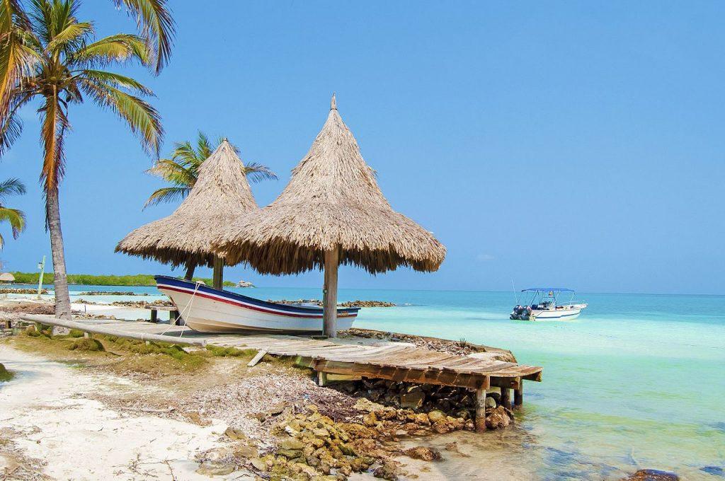 Isla Tintipán Playas de Colombia