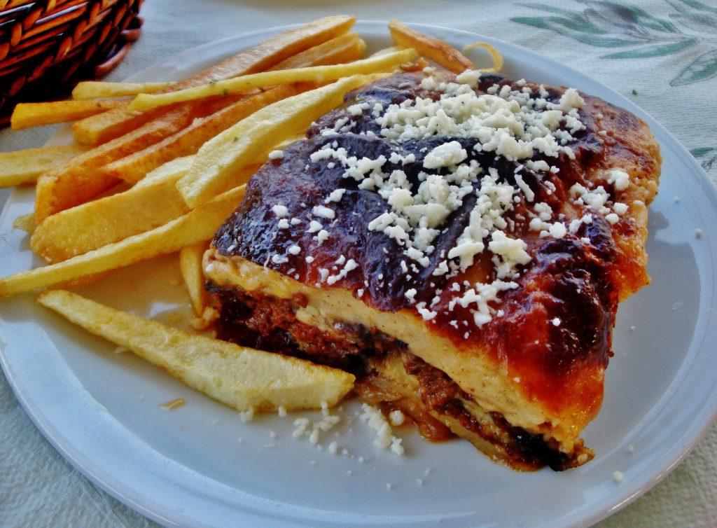 Musaka comida griega