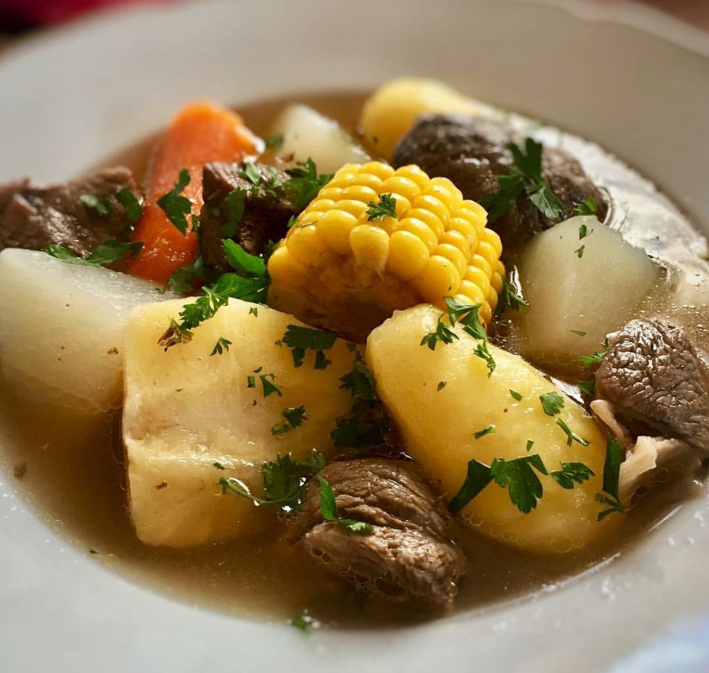 Olla de carne comidas típicas de Costa Rica