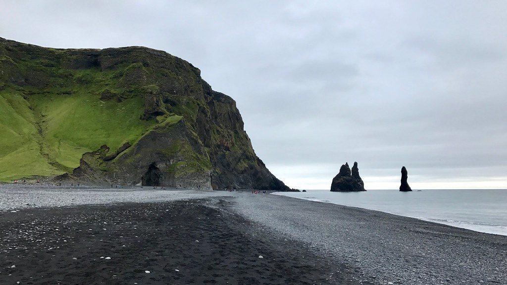 Playa de Reynisfjöru, Islandia  mejores layas de Europa