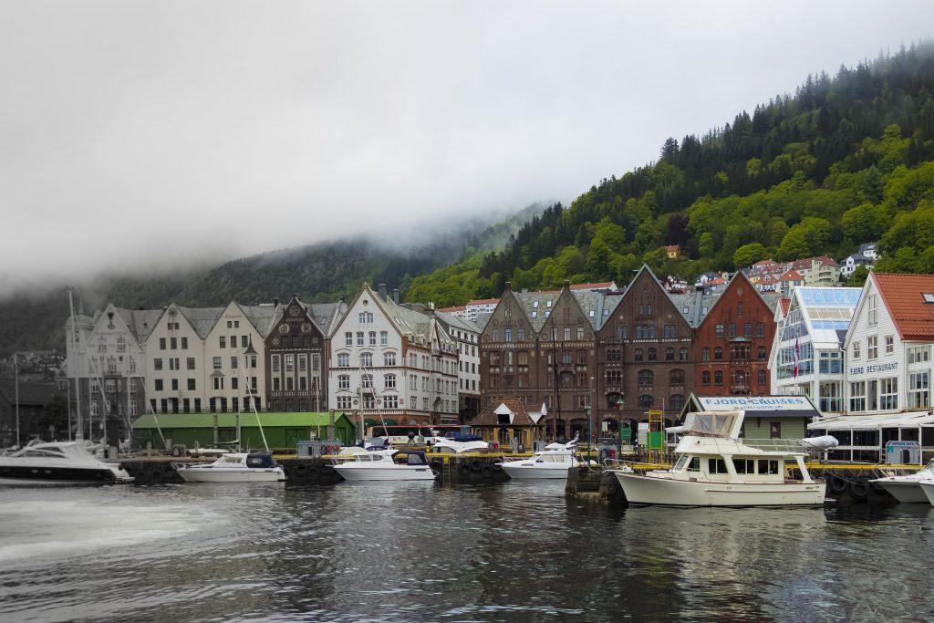 Puerto de Bergen en Noruega