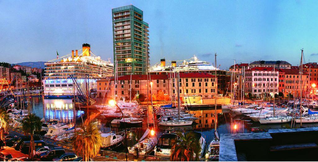 Puerto de Savona Italia
