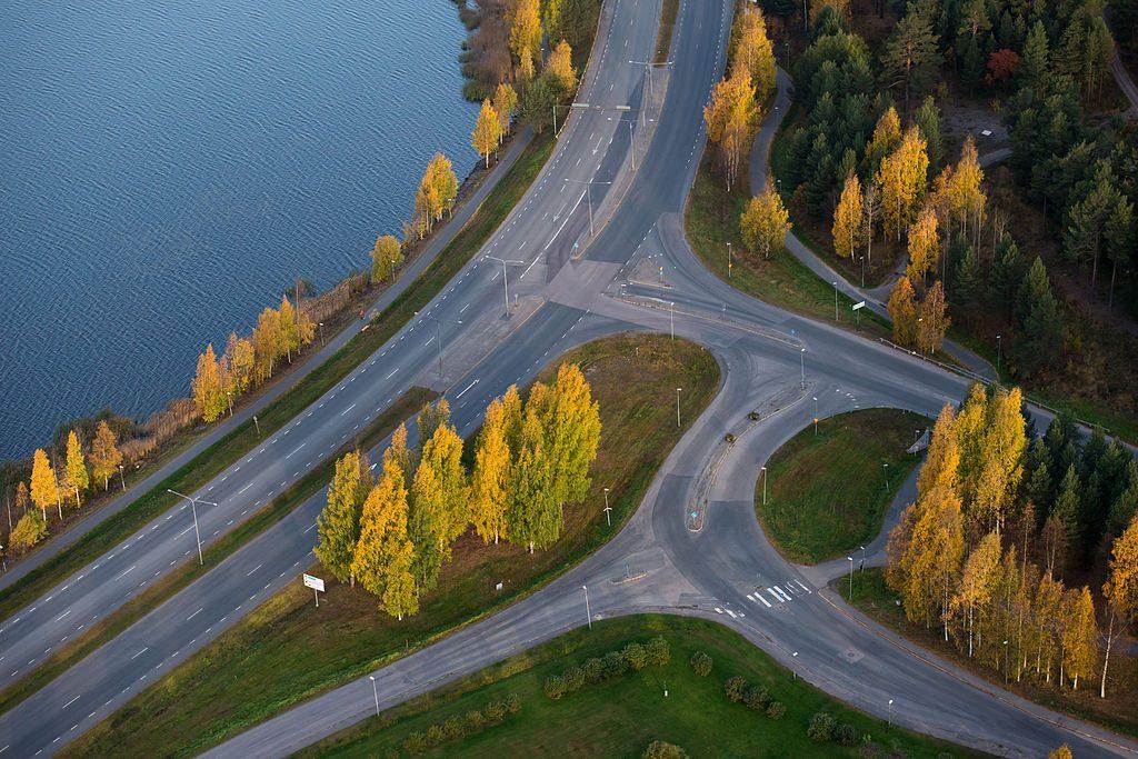 Cruce de rutas en Lulea, Suecia