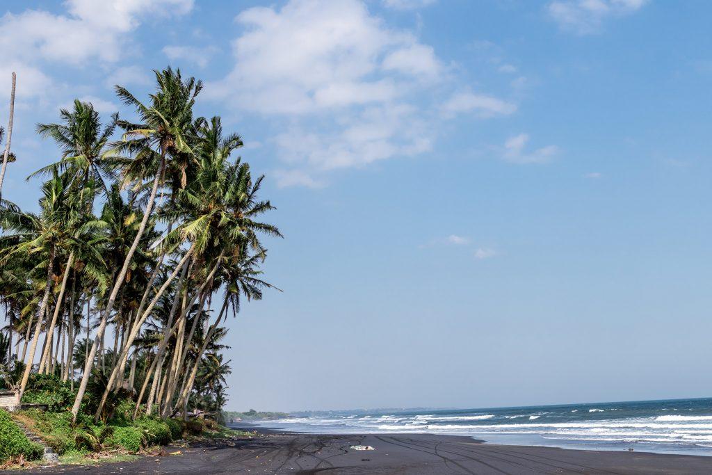 Playas negras en Bali
