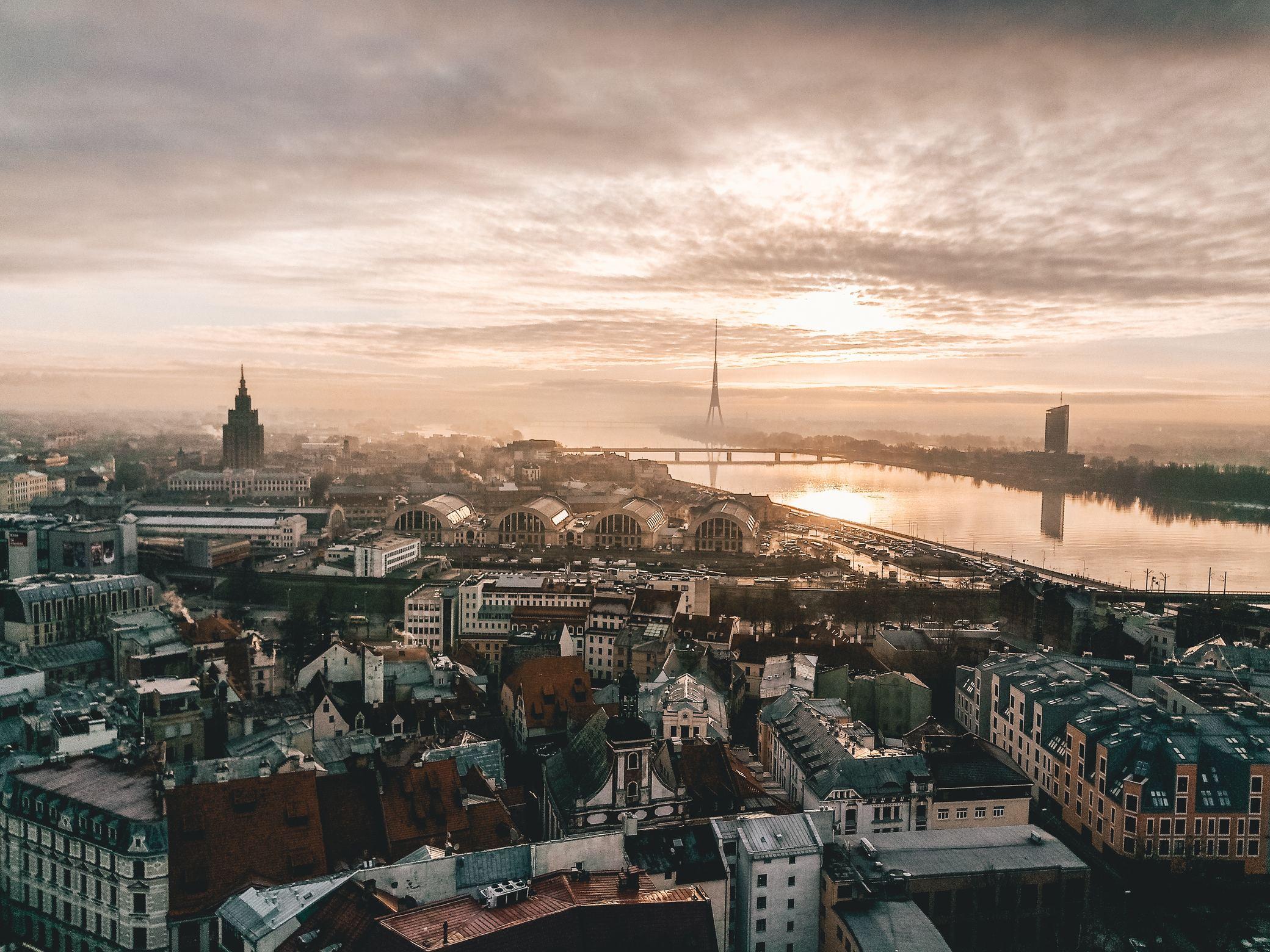 Las cuatro capitales bálticas en grupo ( con 2 noches en Estocolmo)