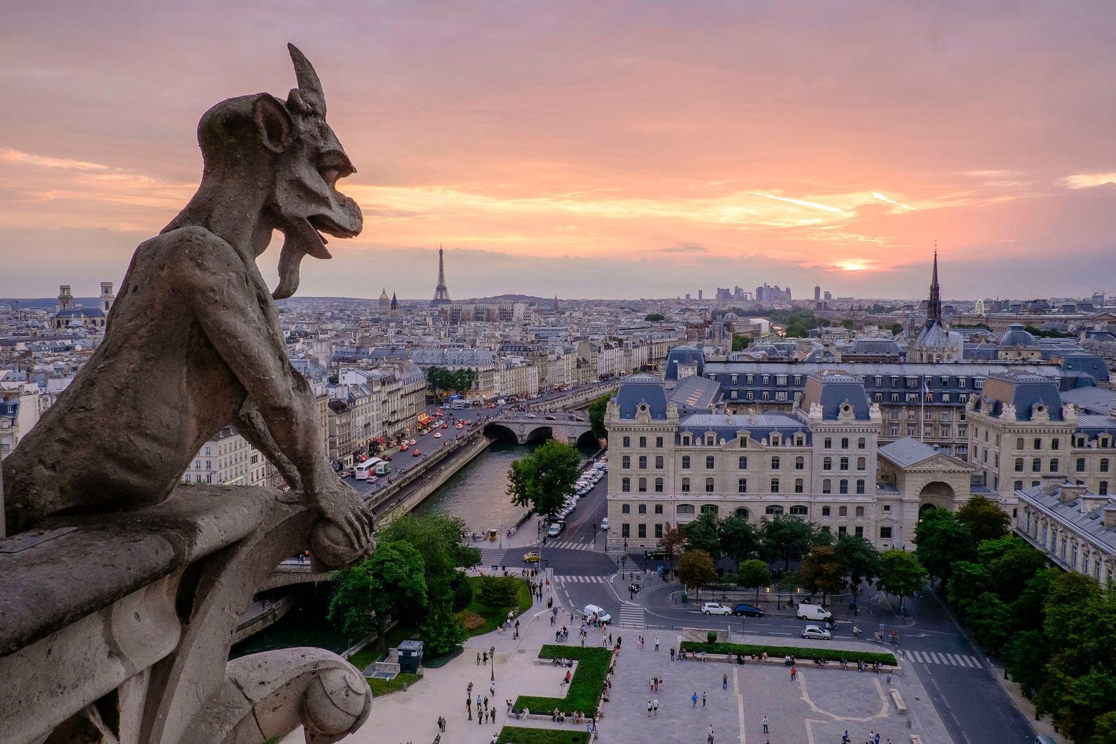 Semana Santa en París desde Biarritz
