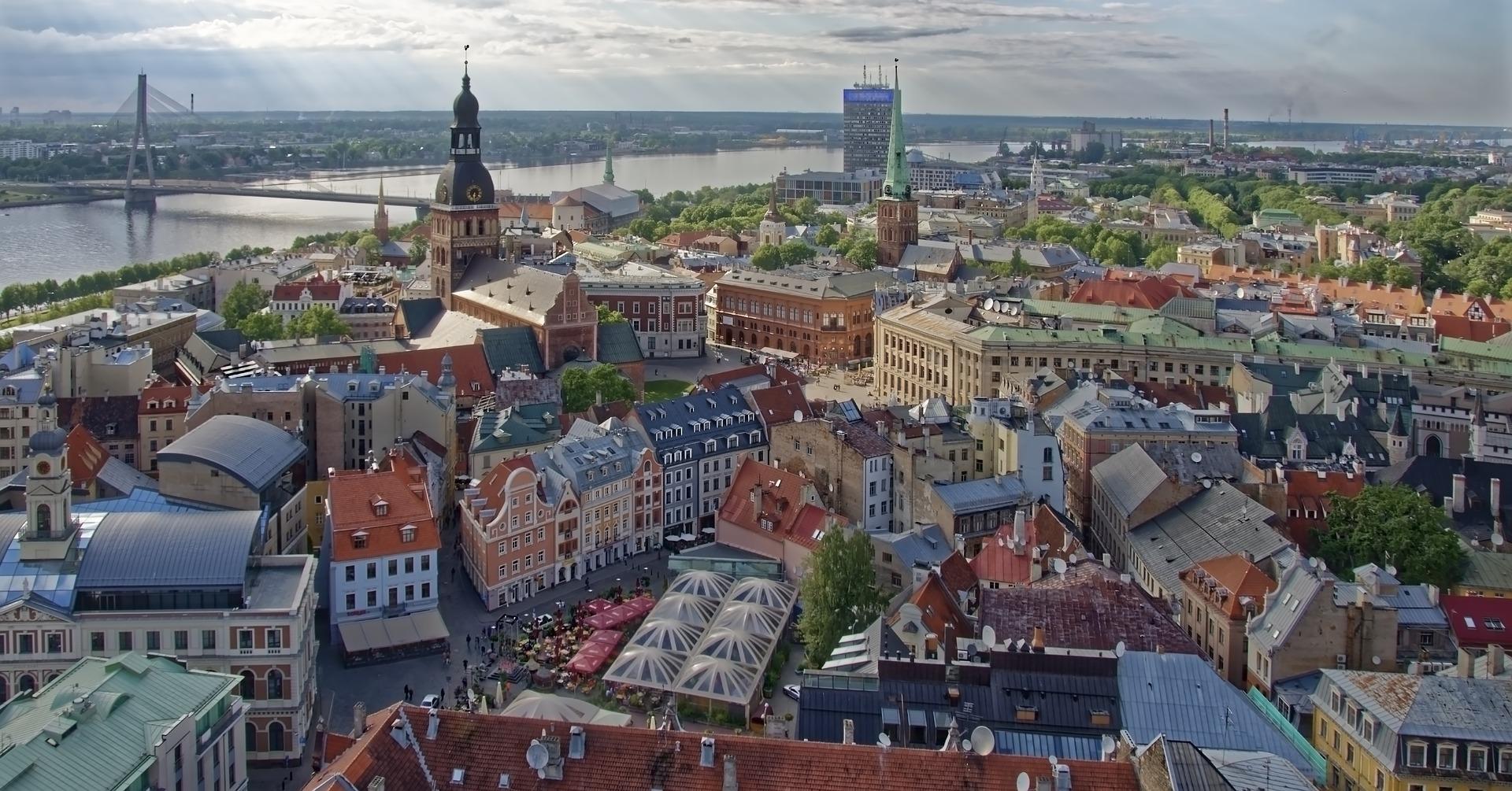 Helsinki, Tallín, Riga y una noche en Estocolmo (exclusivo para singles)