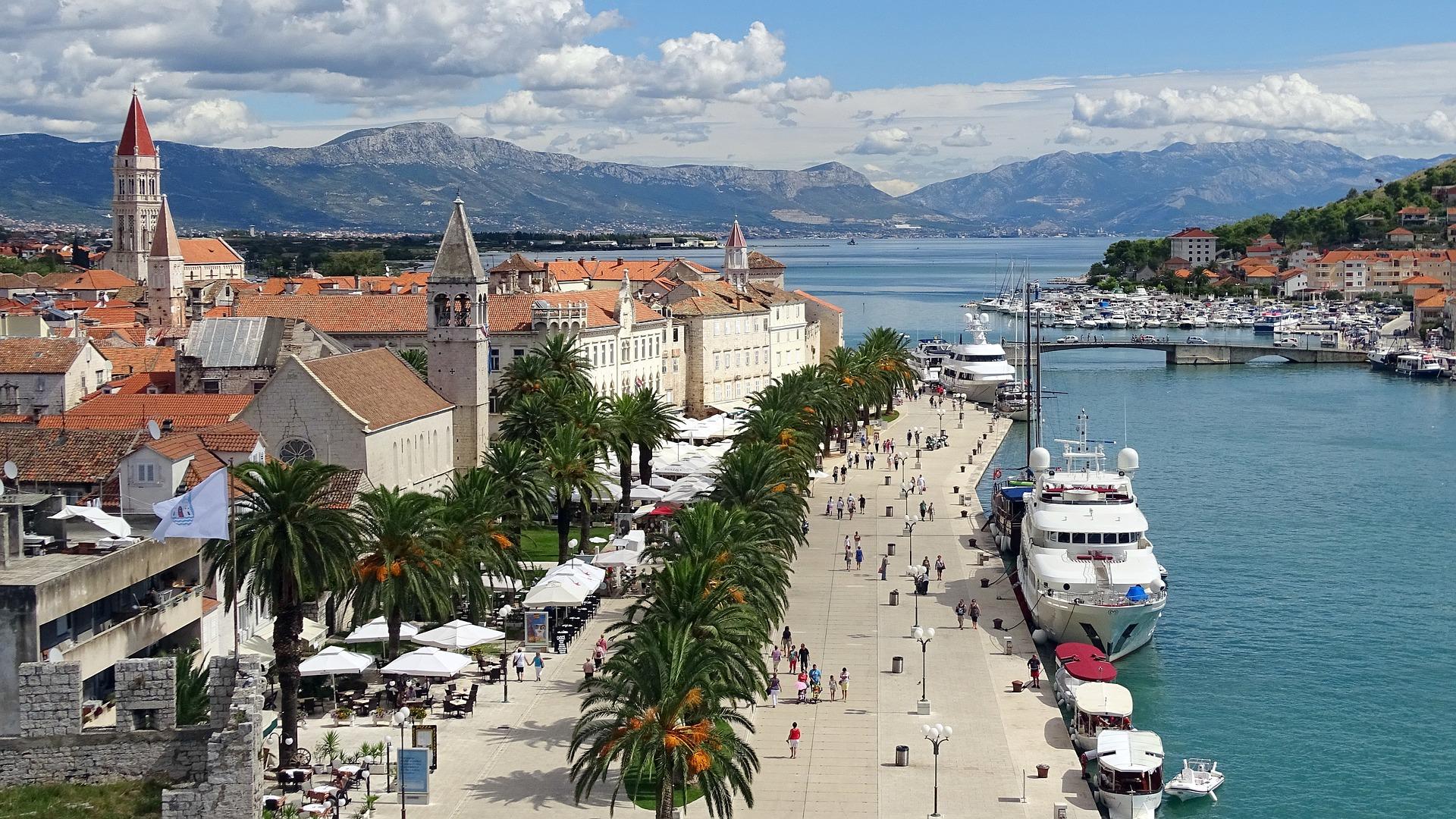 Croacia y las Islas Dálmatas en grupo (exclusivo singles)