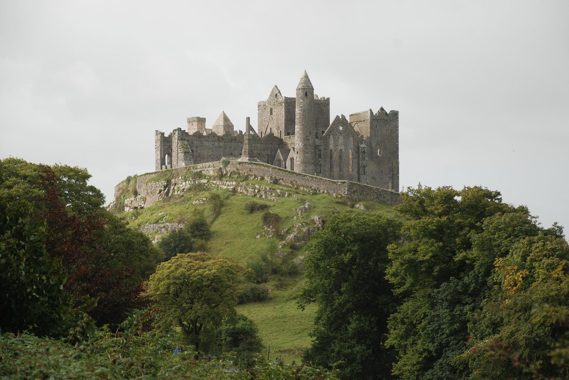 Combinado de las dos Irlandas (especial singles): Belfast, Acantilados de Moher, y más