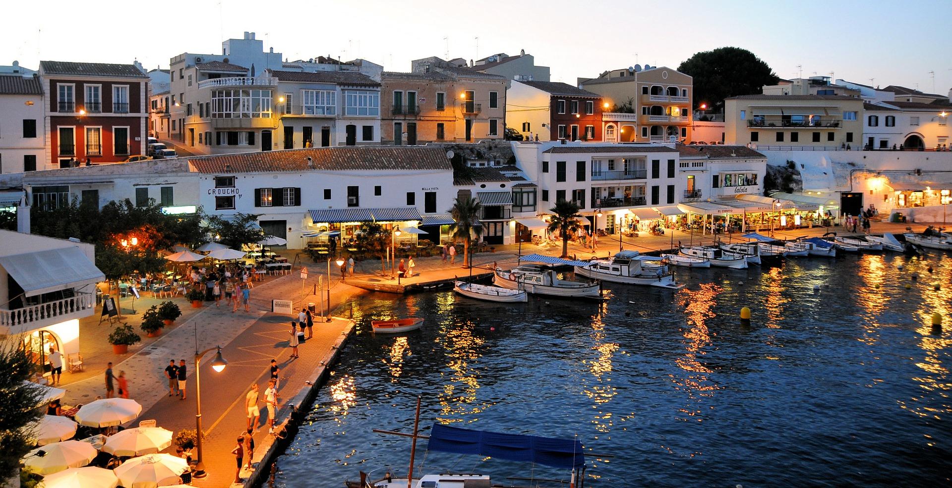 Menorca en familia con todo incluido (primer niño gratis)